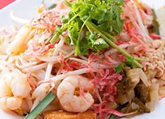 株式会社カオカオカオ/タイ屋台 999(カオカオカオ) 求人 ガイドブック常連「クワンヘン」で本場の味を学べたり、タイの名店での研修が行えたりと、充実の研修制度が整っています!