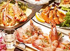 レグセントジョイラー株式会社※フードブランディング事業部 求人 旬な海老や魚介を使った注目の業態「EBIZO」。面白いメニューや業態の開発をこれからどんどんしていきますよ!