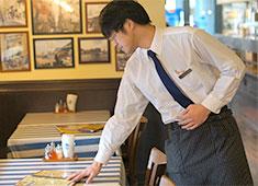 MAR-DE NAPOLI JAPAN INC./マルデナポリ、DA BOCCIANO!、山半、ほか 求人 ホール希望の方も同時募集中!「アルバイトの経験を活かして、社員を目指したい」そんな方も大歓迎です!