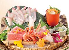 株式会社 木曽路(東証・名証一部上場企業) 求人 料理は一品一品手作りにて提供。自信を持って、お客様に料理をおすすめできる環境です。