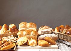 ボンジュール・ボン 株式会社 求人 数多くのパンを作ることができますので楽しい環境です!