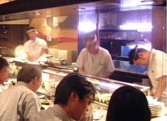 みなと寿司グループ 求人 年令不問。男女不問。調理師免許不要。20~60代まで幅広い年代が元気に活躍中!
