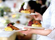 「MIGUEL Y JUANI」etc新規プロジェクト事業部 求人 ホール希望の方はもちろん、料理人の方でもお酒のプロフェッショナルを目指せます。