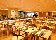 センコークリエイティブマネジメント株式会社 東京イーストサイド「ホテル 櫂会」 求人 メインダイニングは「Healthy&Beauty」をテーマにしたブッフェスタイルのレストラン。
