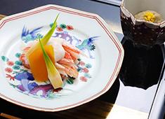 センコークリエイティブマネジメント株式会社 東京イーストサイド「ホテル 櫂会」 求人 日本料理「あけくれ」の調理長は京都の有名シティホテルから招聘。本格的な日本料理を一緒に創っていきましょう