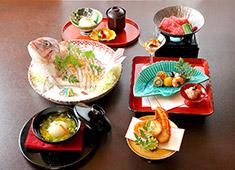 永和商事 株式会社(永和グループ) 求人 旬の素材を丁寧に調理した懐石料理が人気