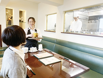 中国料理 同心居(とんしんじゅ)/グリーンステージ株式会社