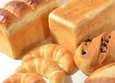 株式会社ポンパドウル 求人 パン職人が手作りで焼きあげた商品。自信をもって販売できるものばかりです。未経験の方も大歓迎です。