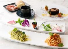 株式会社バイタライツ(Vitalightz .Inc) 求人 ビストロ、イタリアンなど、洋食全般の経験を活かせる料理構成です。新メニューの開発など歓迎いたします。