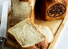 朝日観光株式会社/鎌倉カントリークラブ/鎌倉パブリックゴルフ場 求人 スタッフの経験ジャンルを活かしたメニューが多数。自家製のパンなども提供しています!