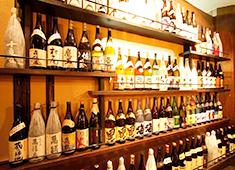 「おいどん」「五万米」/オール・ミッキー・ジャパン株式会社 求人 鹿児島出身のオーナーのネットワークを活かしたプレミアム焼酎も豊富に揃えています。お酒を学びたい方に最適な環境。