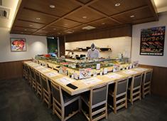 株式会社 梅丘寿司の美登利総本店 求人 混雑時は入店制限を行うなど、店内環境や衛生環境を徹底し、スタッフとお客様が安心できる場所づくりを行っています。