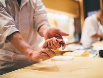 株式会社NEXT STAGE(ネクストステージ)※高級寿司開業準備室 求人 柔軟に対応いただける方であれば、年齢不問です。人柄を大切にした採用をおこないます。