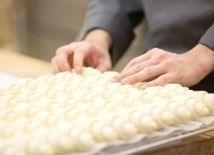 Maison Landemaine Japon(メゾン ランドゥメンヌ ジャポン) 求人 フランス系のパン食職人経験が5年以上の方を大歓迎!私達のブランドで経験を活かしてください。
