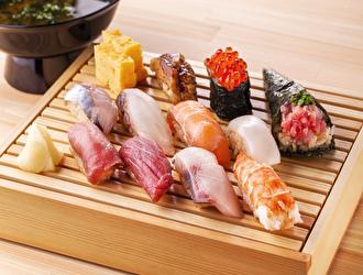 「すし屋つかだ」「立ち寿司横丁」 求人