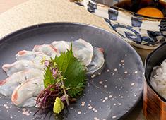 株式会社 未来ビジョン 求人 ▲季節の食材がもつ素材の良さを生かしながら日本伝統の技術を表現