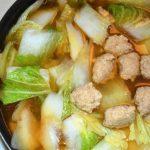 白菜レシピ/鶏団子と白菜の生姜スープ