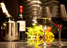 仙台牛鉄板焼 太朗坊 求人 豊富なワインも取り揃えております!